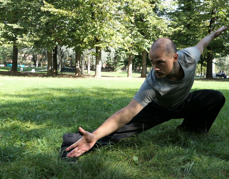 Inizia con le basi! Sei esercizi per qualunque luogo e circostanza : 6 posizioni della An Wushu Kung Fu